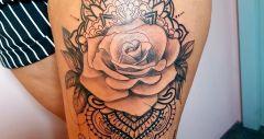 mandala met roos
